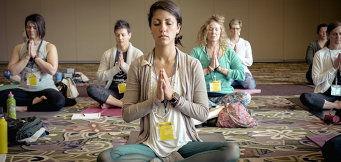 Attend Yoga Classes at these Gyms in Mumbai with FITPASS