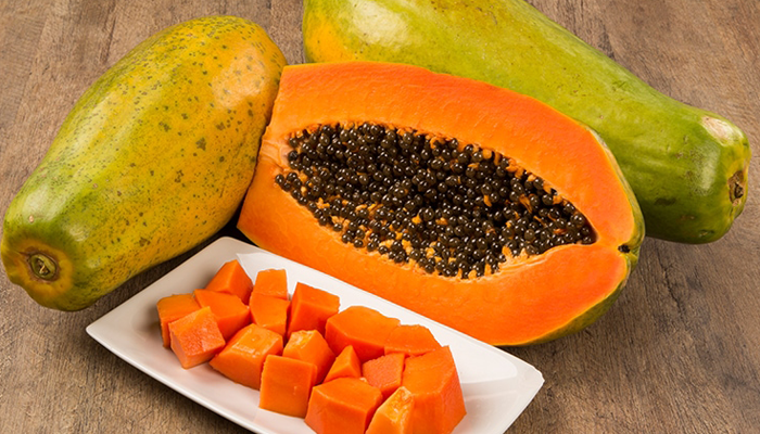 Papaya-helps-you--in-smooth-digestion