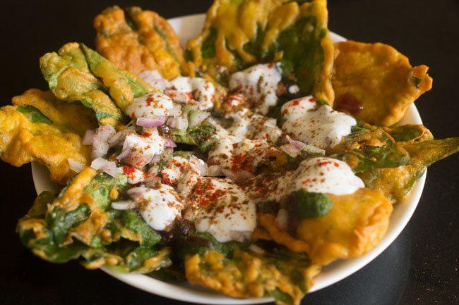 Aloo Palak Chat Holi Snacks