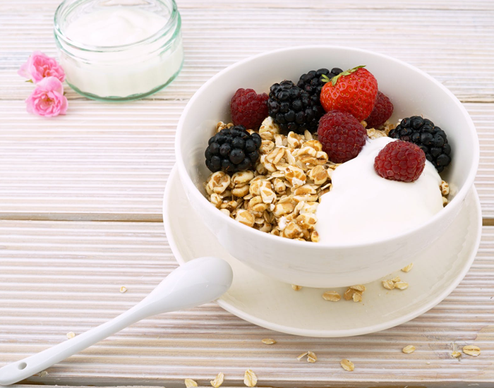 Greek Yogurt with Nuts/Granola