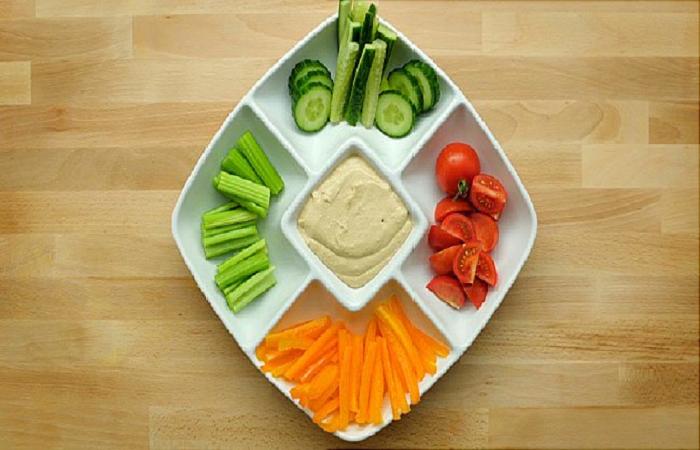 Carrot sticks with hummus