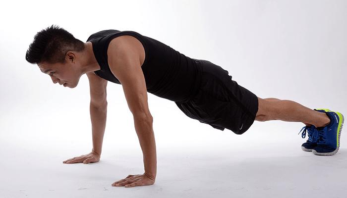 Planks shoulder taps