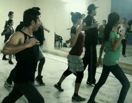 Flow Academy Of Dance Sector 20 Noida