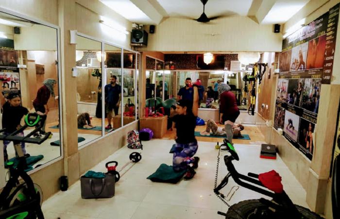 Aarya Kapoor Fitness Studio Andheri West