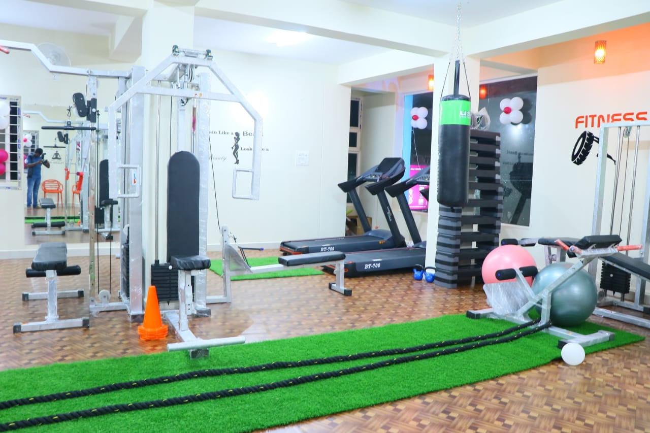 Queen's Health And Fitness Clinic (Ladies Only) Alwal