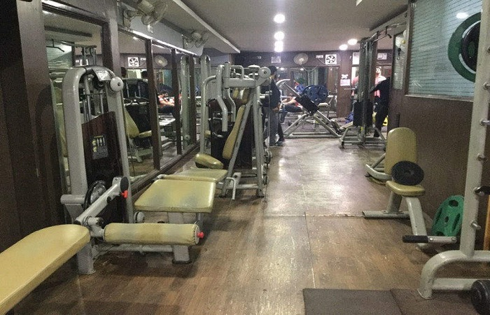 Robust Gym&spa Phase 8 Industrial Area