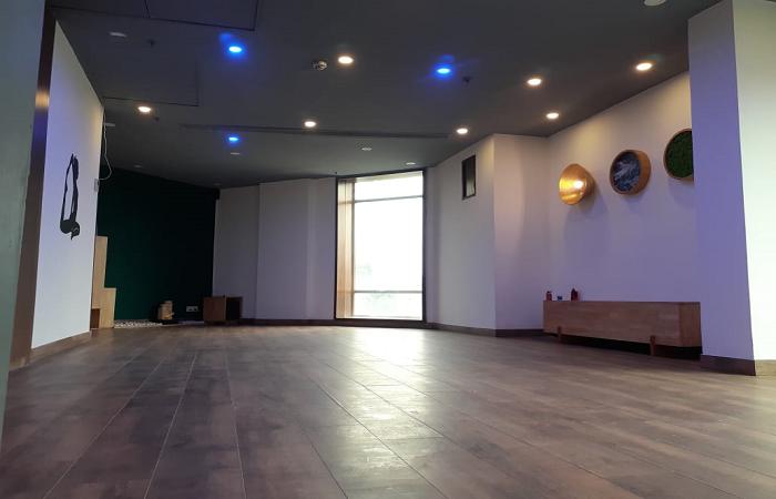 Sarva Yoga Edition O 300028 Golf View Sector 37 Noida