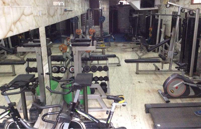 Fitness Freaks Lajpat Nagar Part 4
