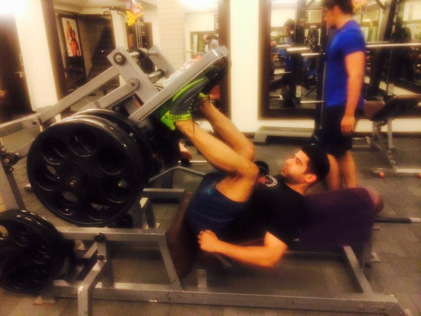 The Gold Gym Satya Niketan
