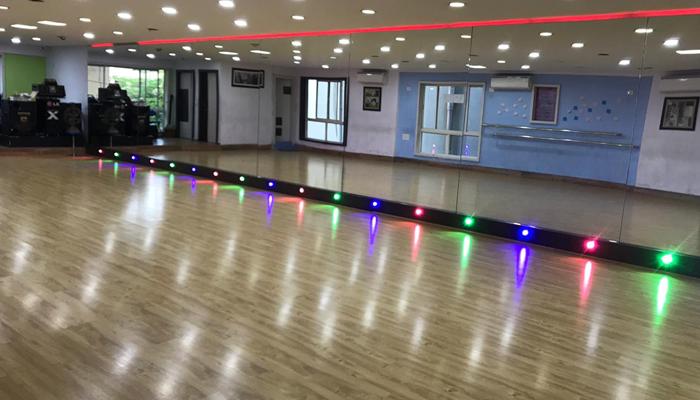 Chandu's Wow Dance Studio Sindhi Colony