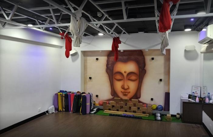 Sarva Yoga Vile Parle East