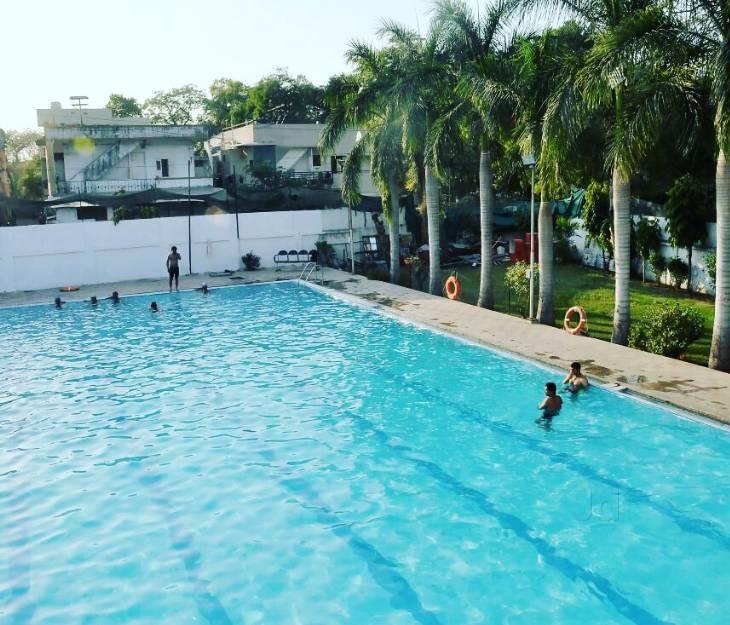 Dolphin Swimming Pool Shahibaug
