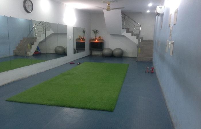 Dr Vibha Ojas Crossfit Studio Sector 20