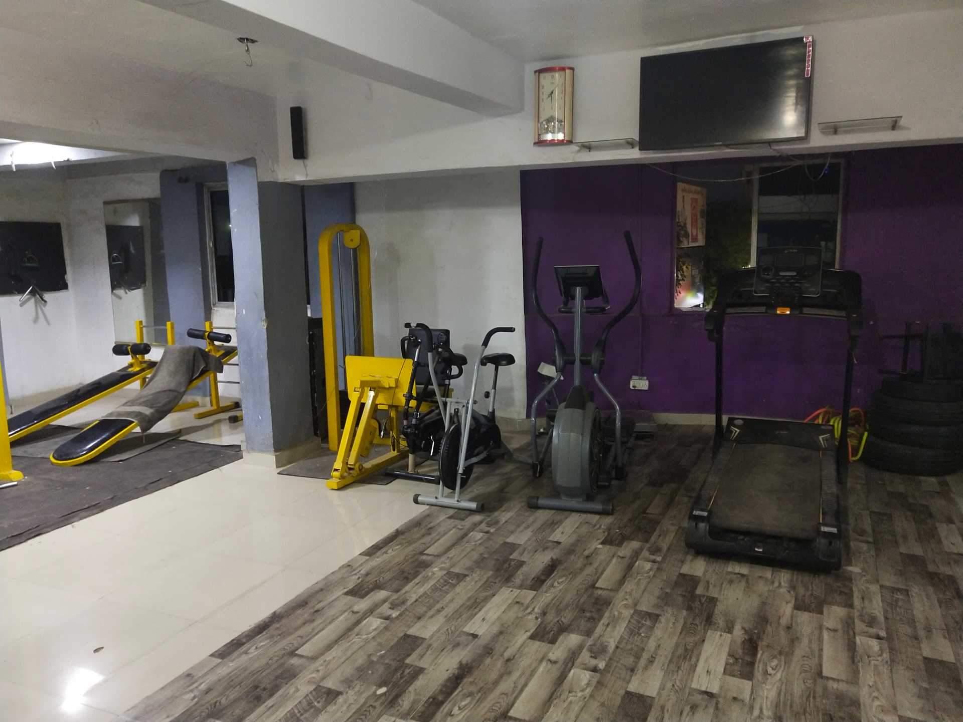Khan's Gym Sarkhej