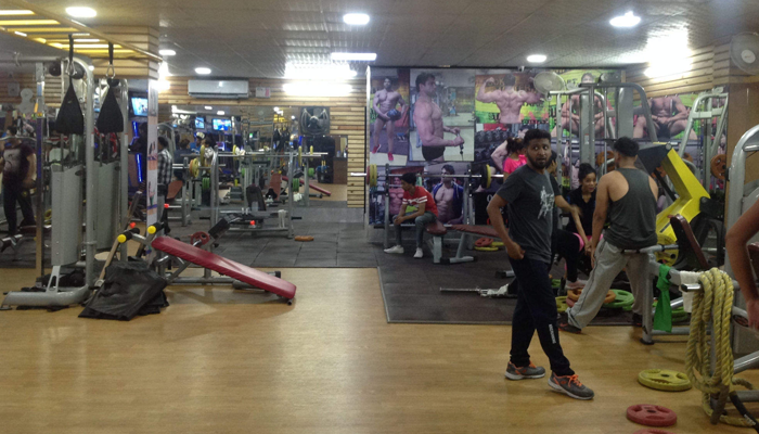 Dynamic Fitness And Crossfit Model Town