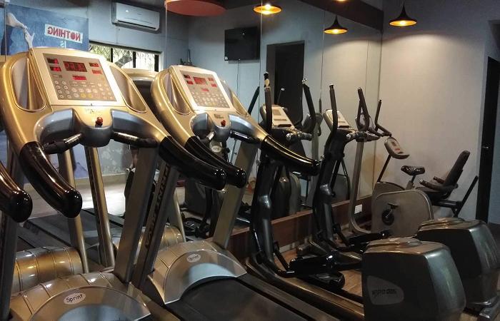10 Gym Malad West