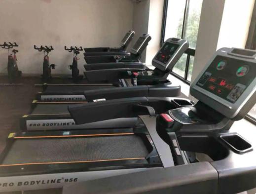 Ur Fitness Club Bani Park