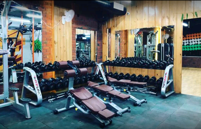 Athlete Gym Crossfit And Spa Sector 5 Gurgaon